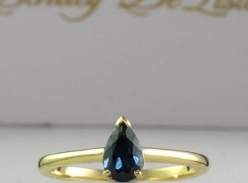 Win a Teal Sapphire 18 carat yellow gold Ring!